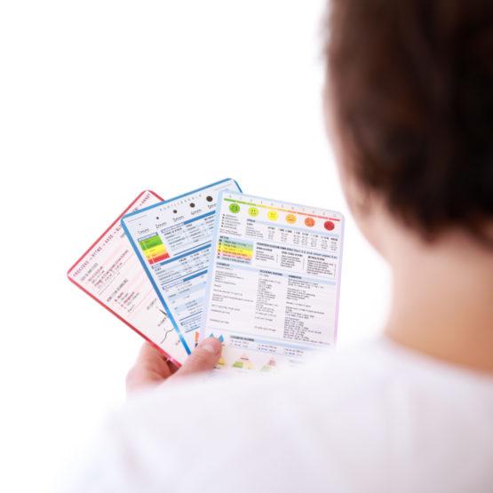 Bilde av medisinske referansekort og EKG referansekort fra Cingulum AS