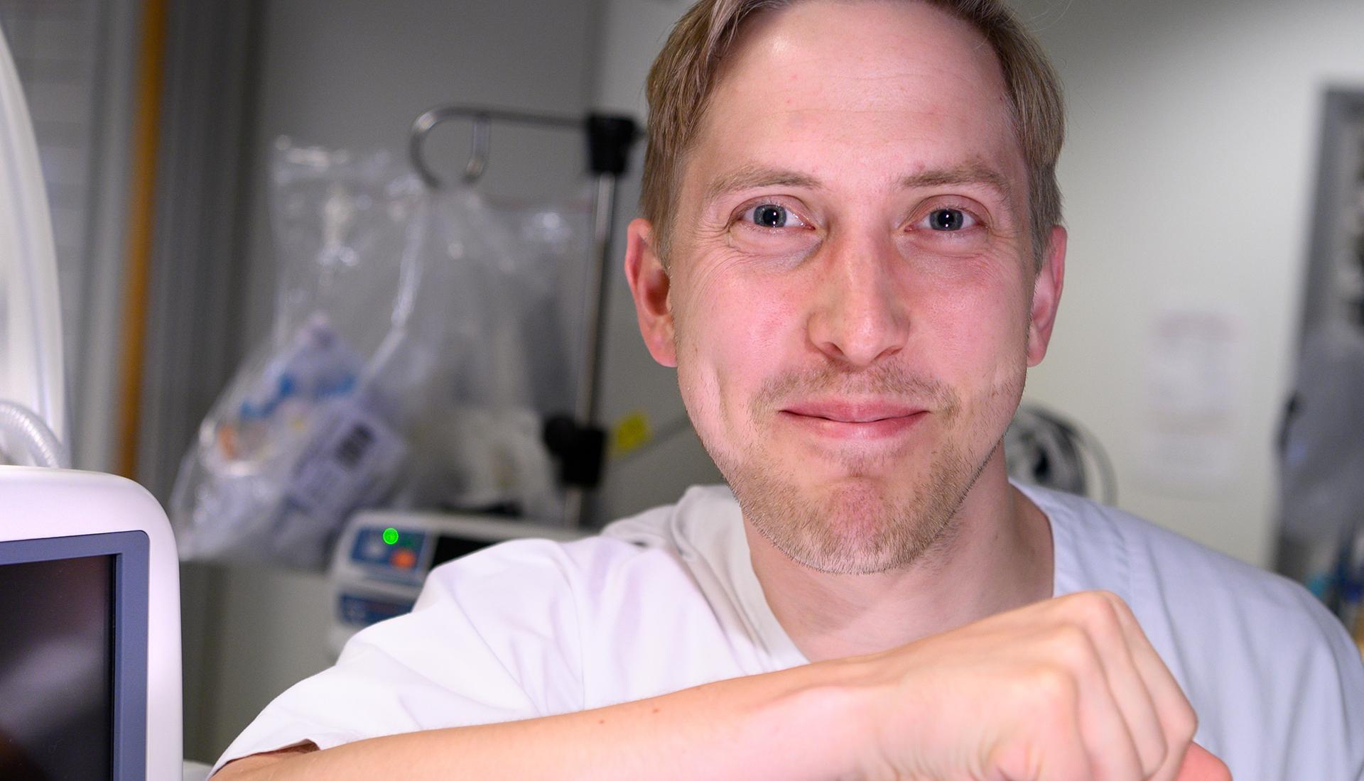 Liggende bilde av Anders Christoffersen, tatt av Svein Lunde, Cingulum AS