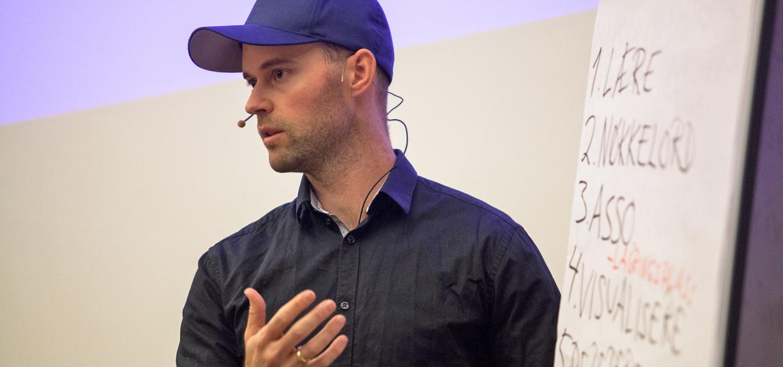 Oddbjørn By snakker om MEMO-husketeknikken, Cingulum