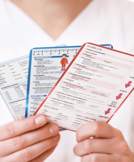 Medisinske referansekort (lommekort) fra Cingulum - praktiske hjelpemidler til helsepersonell